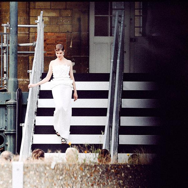 Фото №3 - Наталья Водянова снова в строю: модель на показе Givenchy