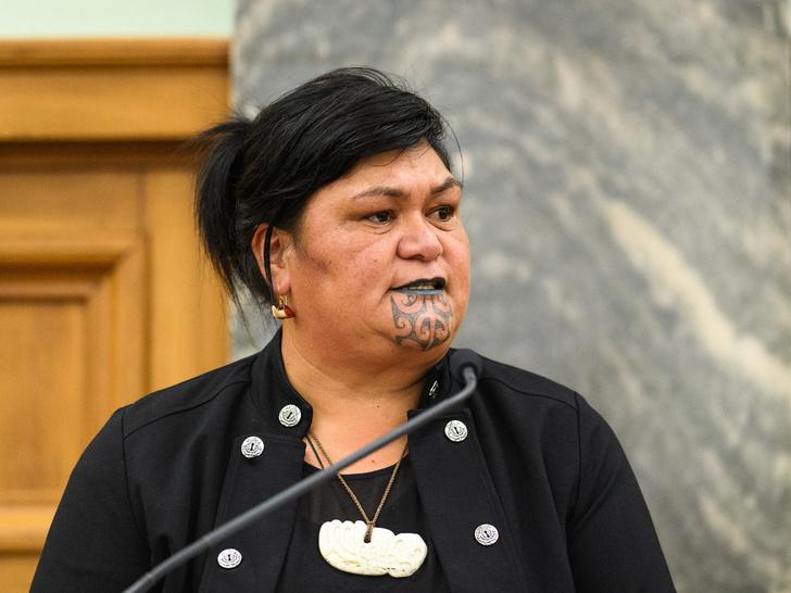 Фото №3 - Самый необычный министр в мире: кто такая Наная Махута— политик из племени маори