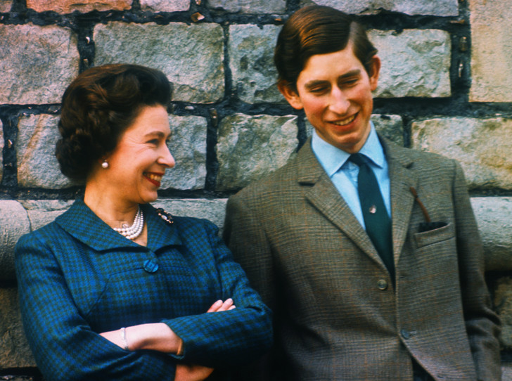 Фото №1 - Почему кузина Королевы называла Чарльза «ужасным ребенком»