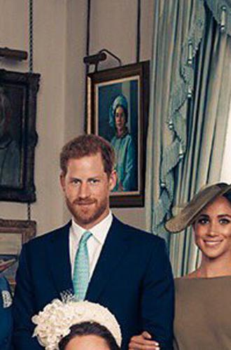 Фото №8 - Почему Королевы нет на официальных фото с крестин принца Луи