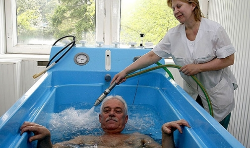 Фото №1 - Физиотерапия: одно лечим, другое… тоже лечим