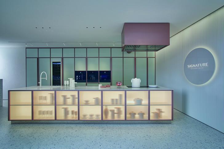 Фото №3 - Шоурум Signature Kitchen Suite в Милане