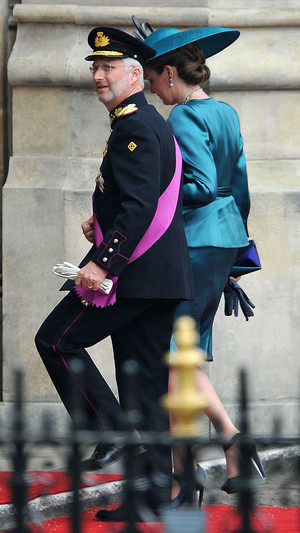 Фото №6 - Принцы, королевы, султаны: как выглядели монаршие гости свадьбы Кейт и Уильяма