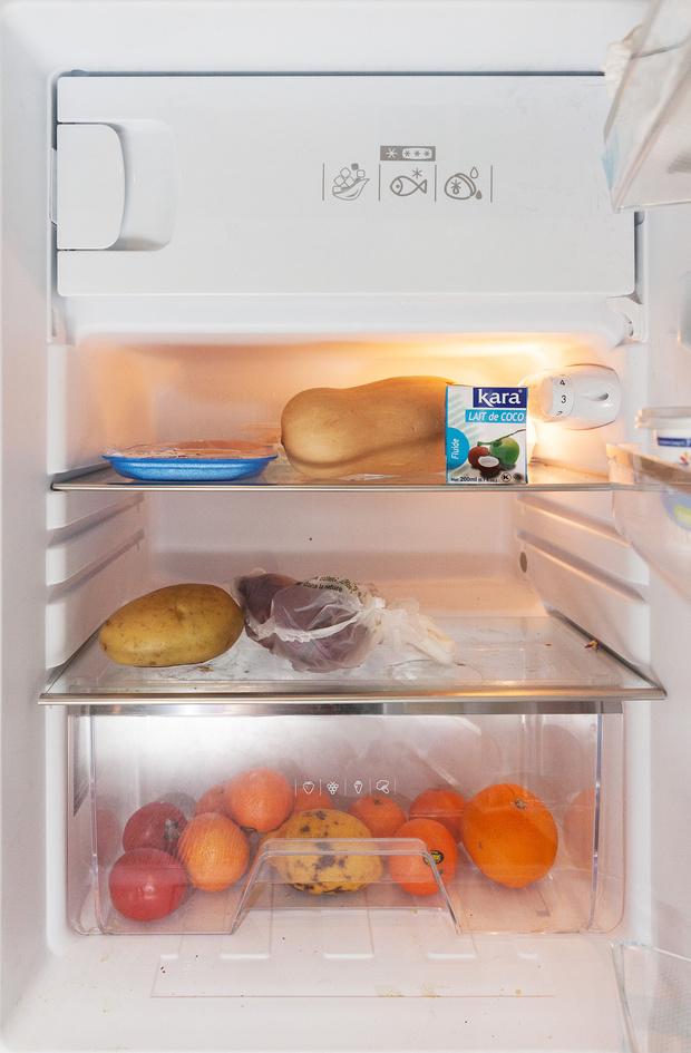 Фото №23 - Что лежит в холодильнике у жителей разных стран: 54 любознательных фото