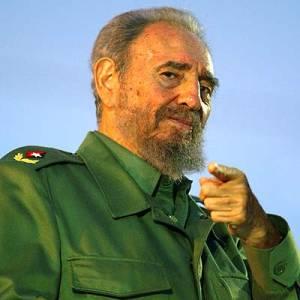 Фото №1 - Фидель Кастро подался в писатели