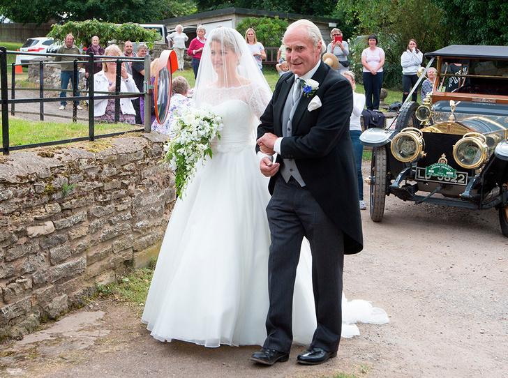 Фото №4 - Свадебная тиара принцессы Дианы украсила другую невесту