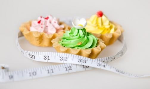 Фото №1 - ВОЗ: Мальчики страдают ожирением чаще девочек