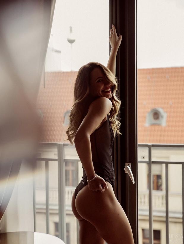 Фото №14 - #Нюдсочетверг: откровенные фотографии самых красивых девушек из «Твиттера». Выпуск 6
