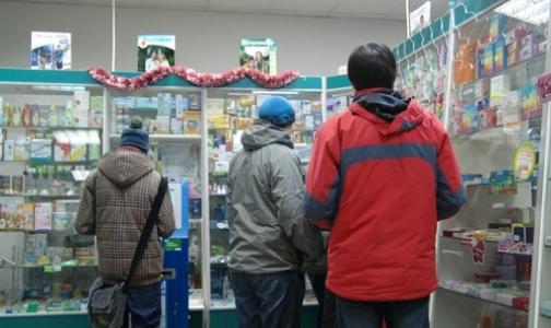 Фото №1 - Рецепты на кодеинсодержащие препараты будут выдавать фельдшеры в аптеках