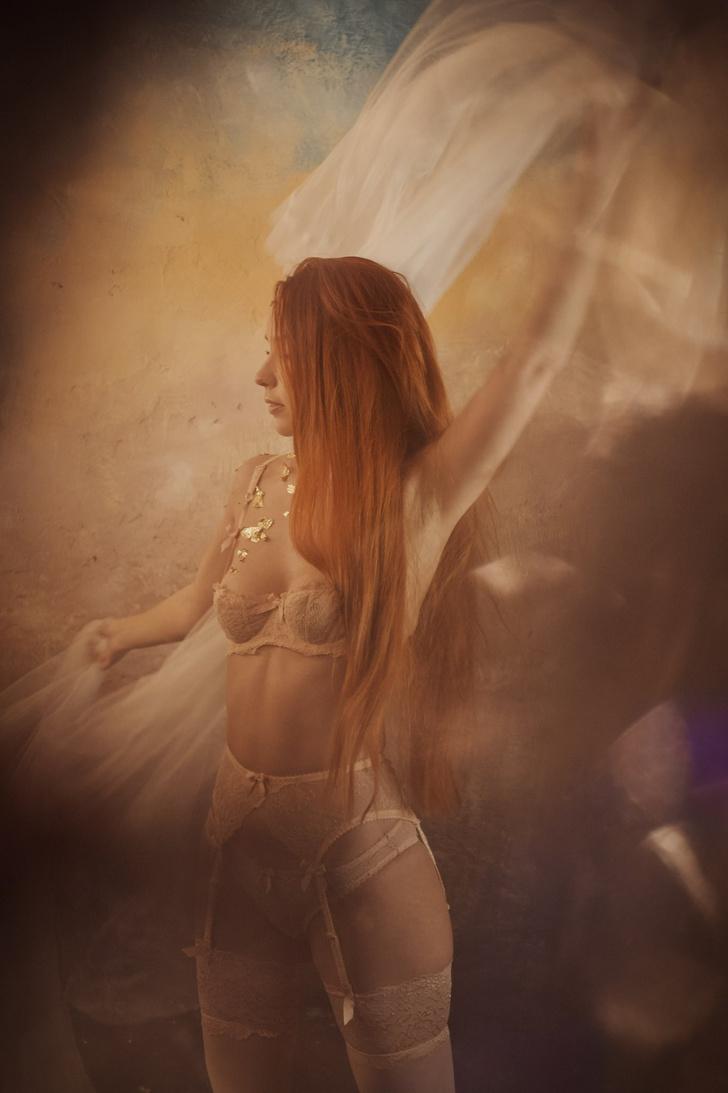 Фото №2 - #Нюдсочетверг: откровенные фотографии самых красивых девушек из «Твиттера». Выпуск 20