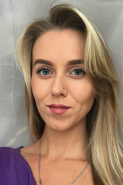 Фото №14 - Ростовчанки с макияжем и без: кто краше?
