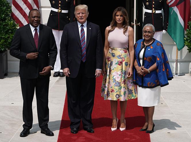 Фото №2 - Первая садовница: 10 юбок как у Мелании Трамп (саженцы в комплект не входят)