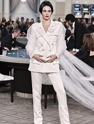 Фото №67 - Неделя Высокой моды в Париже: Chanel FW2015/16
