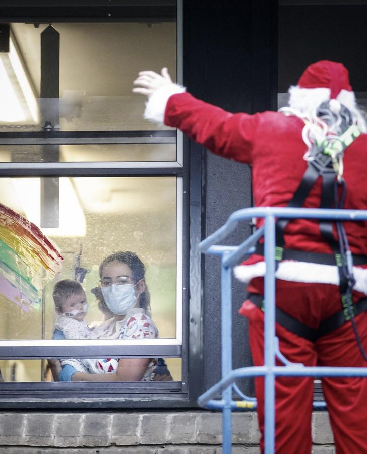 Фото №2 - Пронзительное и сердечное рождественское послание Кейт Миддлтон и принца Уильяма