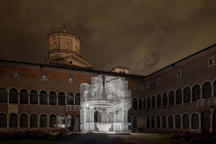 Фото №2 - Эфемерная инсталляция из проволочной сетки в Равенне