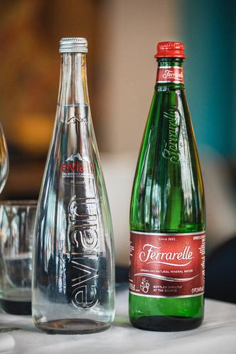 Фото №2 - Новая премиальная вода от Ferrarelle и Evian