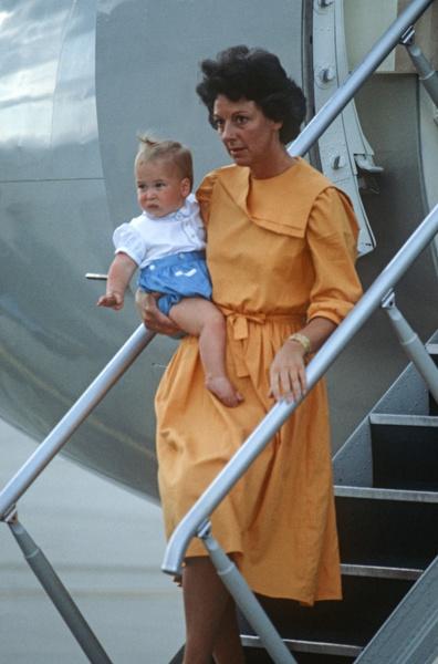 Принц Уильям с няней Барбарой Барнс