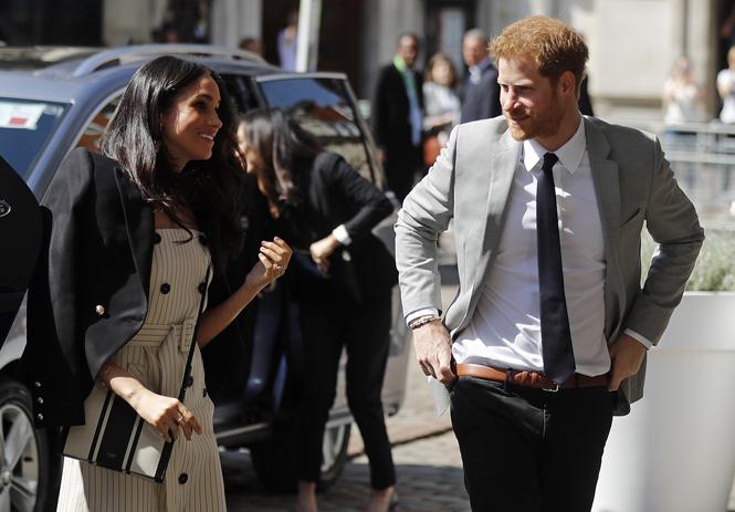 Фото №2 - Меган Маркл и принц Гарри посетили Молодежный форум Содружества