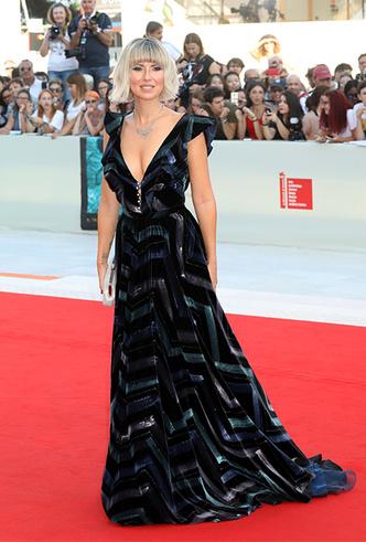 Фото №8 - Модная Венеция-2018: лучшие образы церемонии закрытия кинофестиваля