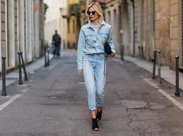 Фото №15 - Было ваше, стало наше: как и с чем носить джинсы-бойфренды
