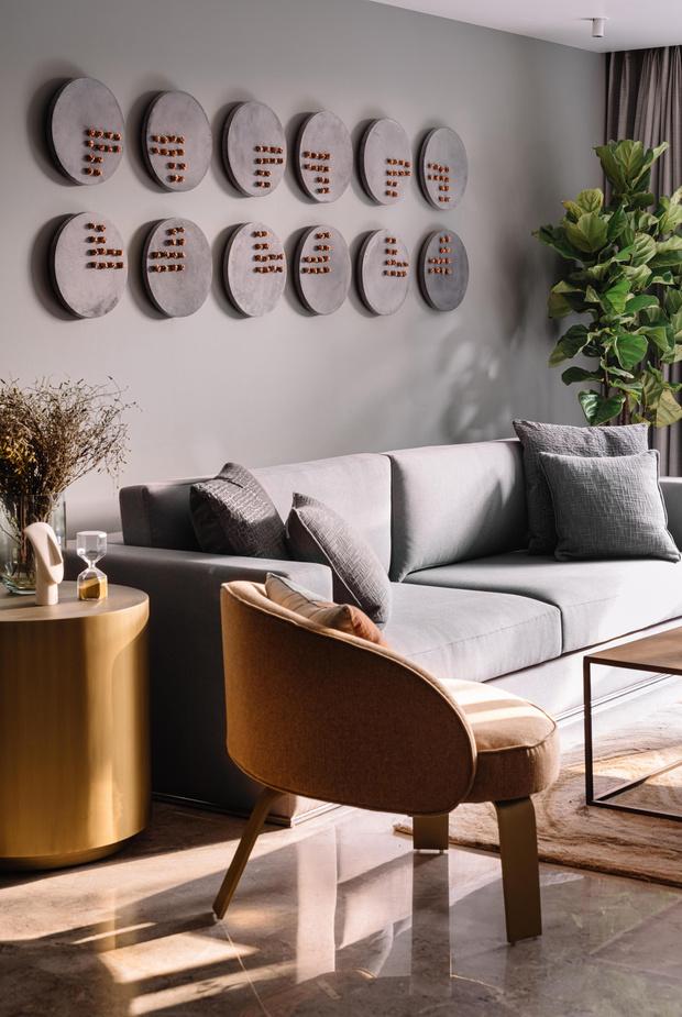 Фото №6 - Чем украсить стену за диваном: 8 идей