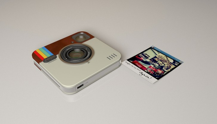 Камера Polaroid + Instagram, 12 950 руб.