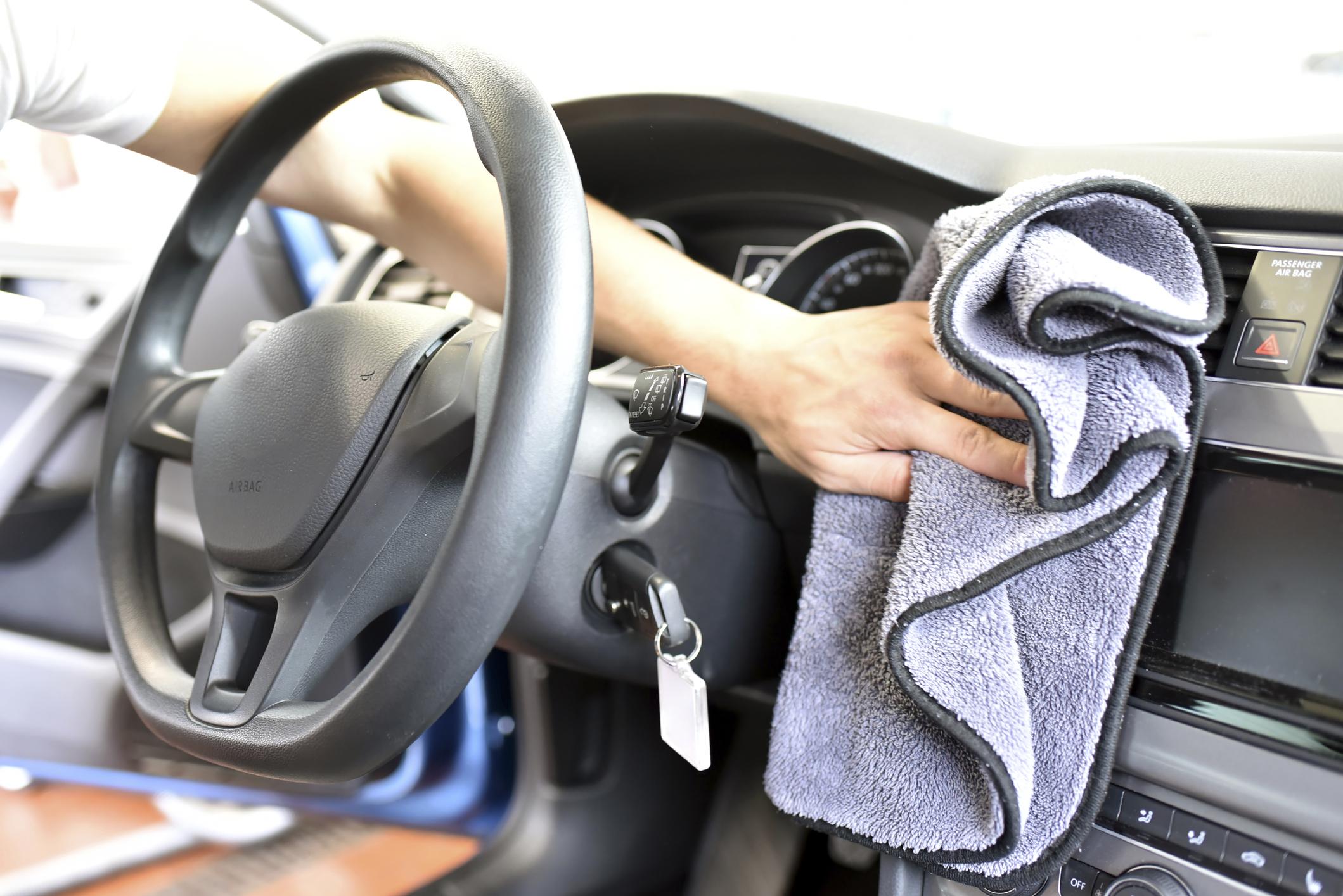 Как почистить хорошо почистить сиденья автомобиля своими руками