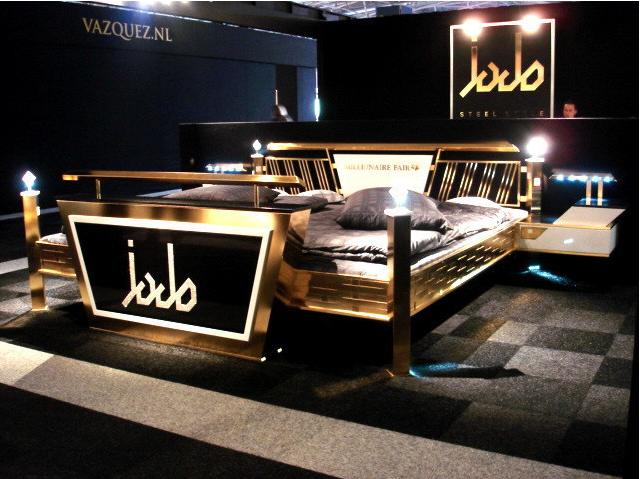 Фото №8 - Сон на миллион: 10 самых дорогих кроватей в мире