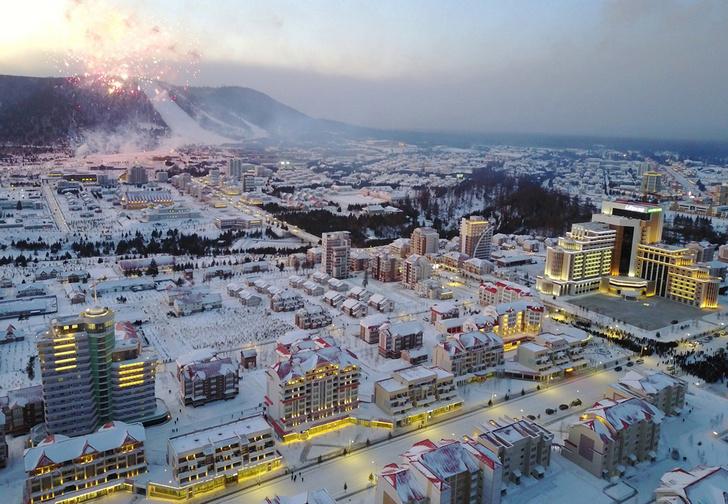 Фото №1 - В Северной Корее построили город-утопию, с курортом и торговыми центрами (фото)