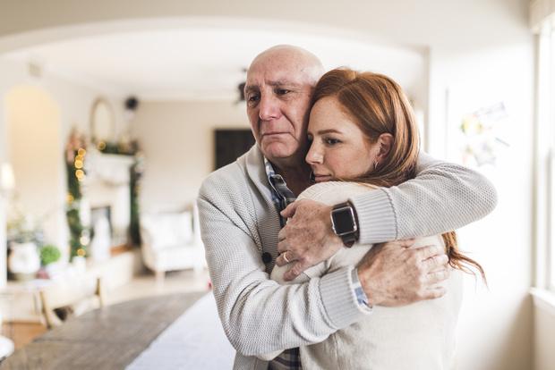 Фото №1 - Как дочкина забота помогла дедушке победить запущенный рак