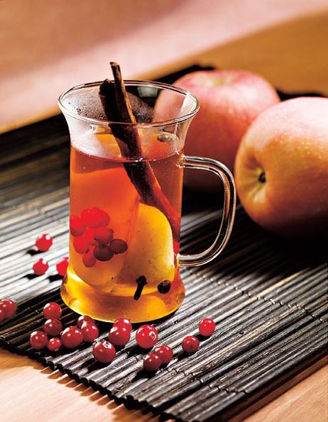 Фото №1 - Ароматный чай: четыре вкусных рецепта