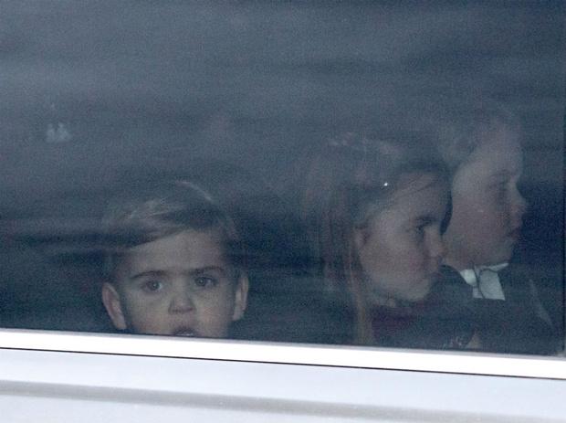 Фото №2 - Какие титулы получат Джордж, Шарлотта и Луи, когда их отец станет королем