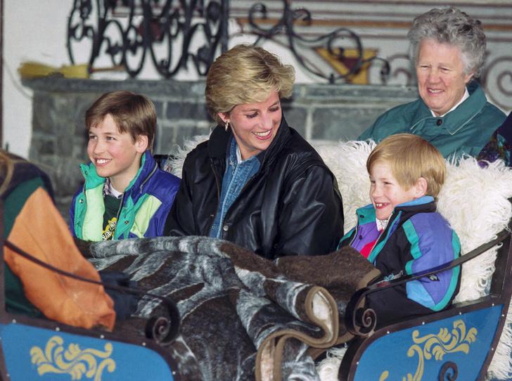 Фото №26 - История в фотографиях: какой мамой была принцесса Диана