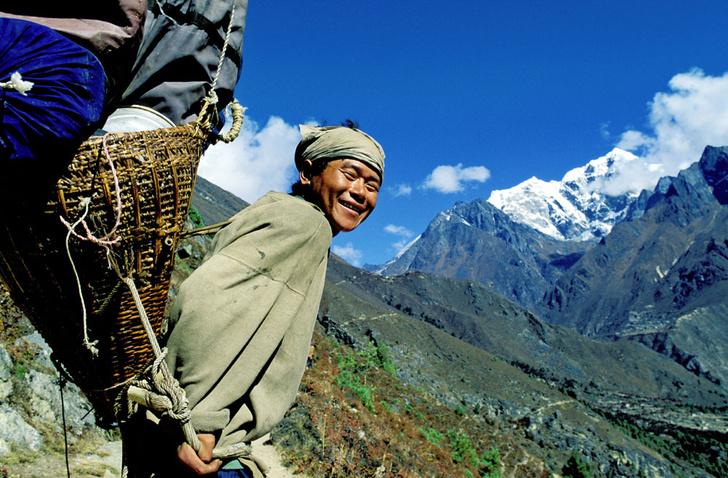 Фото №3 - Гора на плечах: кто несет вещи покорителей Эвереста
