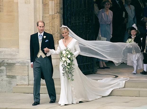 Фото №7 - Софи Уэссекская: как стать любимой невесткой Елизаветы II и иконой стиля одновременно