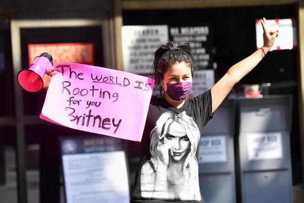 Фото №2 - Бритни Спирс не смогла добиться освобождения от опеки отца