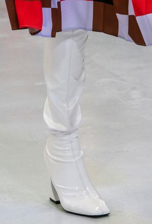 Фото №18 - Полный гид по самой модной обуви для осени и зимы 2019-20