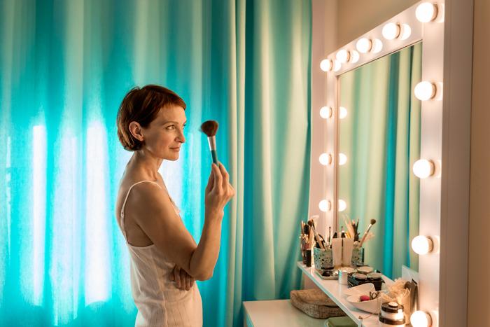 Фото №1 - Все серьезно: 3 места в доме, где категорически нельзя вешать зеркало