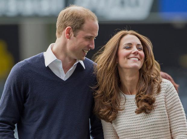Фото №21 - 12 королевских традиций, которые нарушили Кейт Миддлтон и принц Уильям