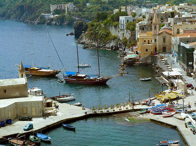 Фото №1 - Липарские острова в Италии: путешествие к вулканам, которое запомнится навсегда
