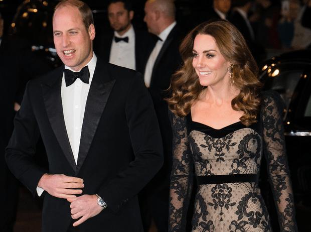 Фото №1 - Как выглядеть элегантно в «голом» платье: показывает герцогиня Кейт