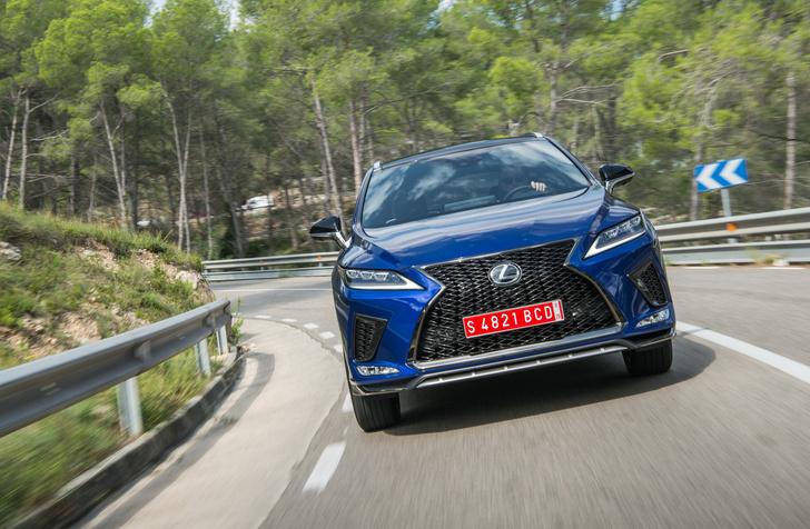 Фото №1 - 5 фишек Lexus RX, которые удивляют даже сейчас