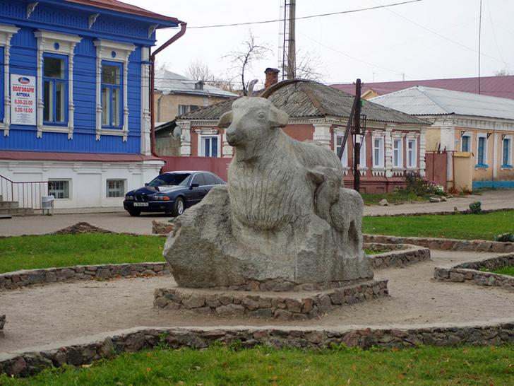 Фото №9 - Попа Дженнифер Лопес, Урюпинск и еще 6 вещей, о которых все слышали, но мало кто видел