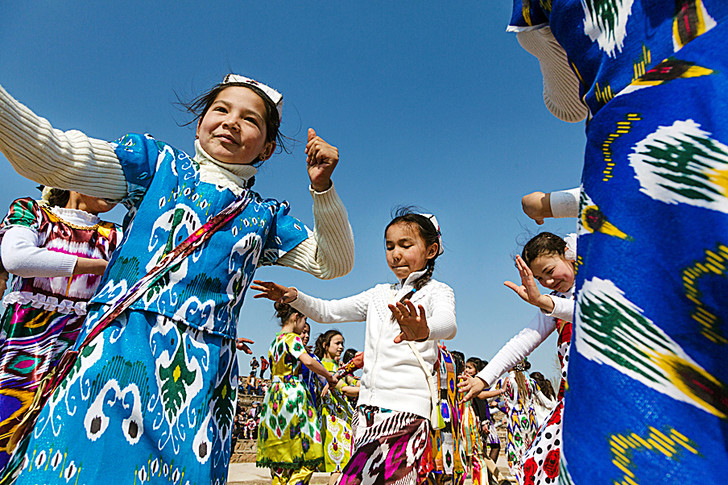 Фото №1 - Круговой обзор: Таджикистан, Венесуэла, Румыния