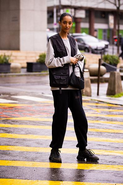 Фото №2 - Не ботаник, а модница: 3 способа носить жилетку этой весной