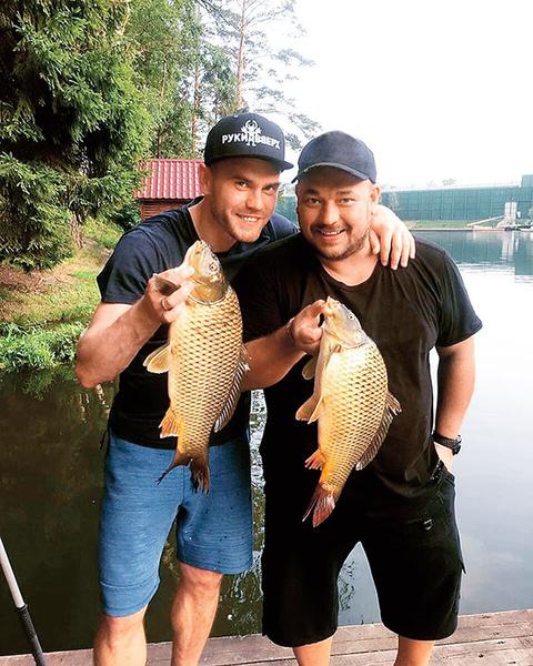 Фото №3 - Звезды, которые не представляют свою жизнь без рыбалки
