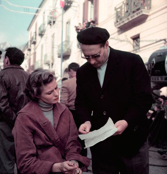 Фото №18 - Итальянские страсти: «аморальный» роман Ингрид Бергман и Роберто Росселлини