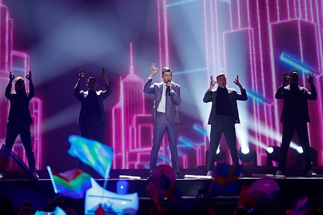 Фото №9 - Евровидение-2017: 5 лучших живых выступлений финала без политики