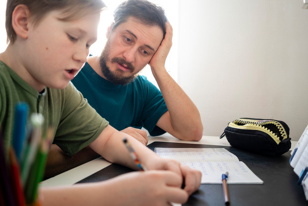 Фото №2 - Буквы перепутались: дисграфия у ребенка и как ее исправить