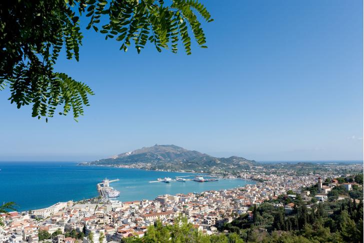 Фото №1 - В Греции назвали дату начала туристического сезона